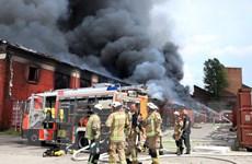 Đức: Cháy Trung tâm Thương mại Đồng Xuân của người Việt ở Berlin
