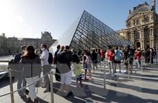 Pháp: Bảo tàng Louvre đón du khách trở lại bình thường