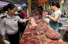 'Giá thịt lợn tăng cao không phải do thiếu nguồn cung'
