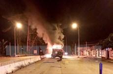 Gia Lai: Xe khách bốc cháy trong đêm, 21 người kịp thời thoát nạn