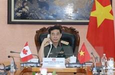 Bộ trưởng Bộ Quốc phòng Việt Nam điện đàm với người đồng cấp Canada