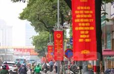Phố phường Hà Nội trang hoàng rực rỡ trước thềm ngày hội bầu cử