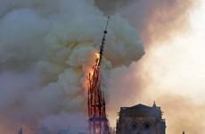 Cháy Nhà thờ Đức Bà Paris: Tổng thống Pháp Macron đến hiện trường