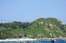 Tuyến cáp ngầm xuyên biển cho xã đảo Nhơn Châu đóng điện vào ngày 8/8