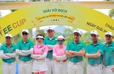 Giải Golf CLB Hà Nội: Giải thưởng cao với xe Mercedes, nhà Penthouse