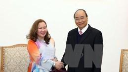 Thủ tướng Nguyễn Xuân Phúc tiếp Đại sứ Malaysia và Đại sứ Armenia