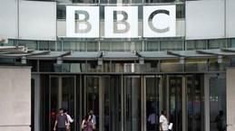 Đài BBC và báo Guardian cắt giảm nhân sự do đại dịch COVID-19