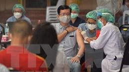 Chuyên gia Hong Kong khuyến nghị tiêm mũi vaccine tăng cường