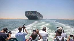 """Siêu tàu Ever Given rời Kênh đào Suez, kết thúc 4 tháng bị """"giam cầm"""""""