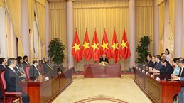 Hình ảnh Tổng Bí thư, Chủ tịch nước tiếp các Đại sứ trình Quốc thư