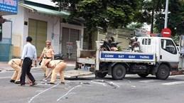 Yên Bái: Tông vào chó chạy qua đường, hai người thương vong
