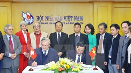 Tăng cường công tác giao lưu báo chí Việt Nam-Thụy Sĩ