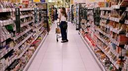Nhật Bản: Chỉ số giá tiêu dùng chững lại lần đầu tiên trong 13 tháng