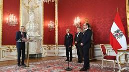 Thủ tướng mới của Áo Alexander Schallenberg tuyên thệ nhậm chức