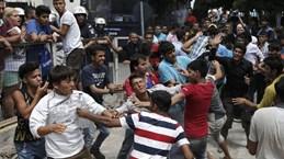 Hàng trăm người nhập cư ẩu đả tập thể ở Bosnia và Herzegovina