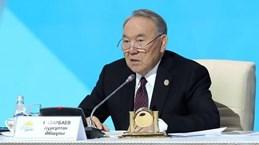 Tổng thống đầu tiên của Kazakhstan từ chức: Kỷ nguyên mới ở Trung Á?