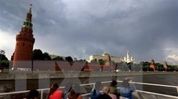 COVID-19: Nga, Anh đứng ngoài 'cuộc đua tái phong tỏa' của châu Âu