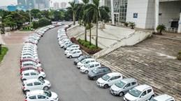 Hàng trăm khách hàng nhận xe Fadil của VinFast tại Hà Nội