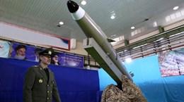 Lệnh cấm hết hiệu lực, Iran tuyên bố sẵn sàng mua bán vũ khí