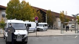 Cảnh sát Pháp đột kích bắt giữ các phần tử Hồi giáo cực đoan