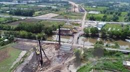 Tháo gỡ vướng mắc dự án đường cao tốc Trung Lương-Mỹ Thuận