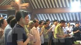 Thành kính dâng hương tưởng nhớ và tri ân Chủ tịch Hồ Chí Minh
