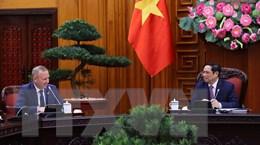 Việt Nam đề nghị Anh xem xét chuyển giao công nghệ sản xuất vaccine