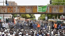 Sudan: Hội đồng quân sự nối lại đàm phán với phe biểu tình