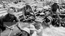[Photo] Kỷ niệm 56 năm Ngày truyền thống Bộ đội Trường Sơn