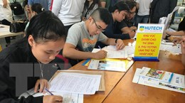 Nhiều trường tại TP.HCM công bố danh sách thí sinh trúng tuyển đại học