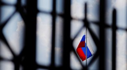 Mỹ tiếp tục áp đặt các lệnh trừng phạt Nga liên quan đến Crimea