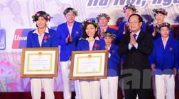 Ánh Viên, Hà Thanh nhận Huân chương Lao động hạng Nhì