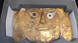 Peru nhận lại mặt nạ vàng nghìn năm tuổi bị Đức thu giữ từ năm 1999