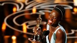 Ngôi sao Kenya Lupita Nyong'o làm cả Hollywood kinh ngạc