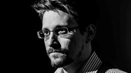 Cựu điệp viên Mỹ Edward Snowden chuẩn bị xuất bản hồi ký