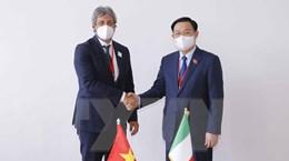 Chủ tịch Quốc hội Vương Đình Huệ hội kiến Chủ tịch Hạ viện Italy