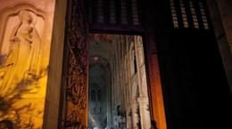 Toàn bộ tranh quý của Nhà thờ Đức Bà Paris sẽ được phục chế