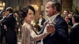 Phiên bản điện ảnh 'Downton Abbey' đánh bại phim của Brad Pitt