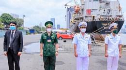Ấn Độ tặng máy tạo oxy và oxy y tế lỏng hỗ trợ Việt Nam chống COVID-19