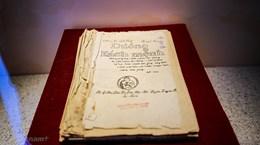 Tặng Bảo tàng Hồ Chí Minh ấn phẩm tiếng Italy về Chủ tịch Hồ Chí Minh