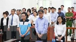 Hình ảnh phiên xét xử sơ thẩm vụ án lạm dụng chức vụ tại PVEP