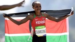 Kenya lần đầu có huy chương vàng chạy marathon nữ tại Olympic