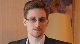 Nga bác tin sẵn sàng trao Edward Snowden cho Chính quyền Trump