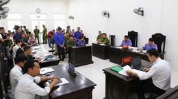 [Video] Xét xử sơ thẩm vụ cưỡng đoạt tài sản tại chợ Long Biên
