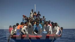 Hải quân Maroc cứu gần 100 người di cư trên biển Địa Trung Hải
