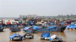 Các tỉnh miền Trung lại oằn mình ứng phó với cơn bão số 13