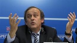 Platini bị bắt vì cáo buộc nhận hối lộ, giúp Qatar đăng cai World Cup