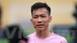 Lê Tấn Tài nói gì khi cùng Văn Hậu trở thành hình mẫu ở V-League?