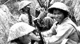 Gặp các chiến sỹ tham gia cách mạng tháng Tám
