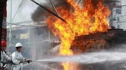 Cắt điện khu vực xung quanh cây xăng bị hỏa hoạn